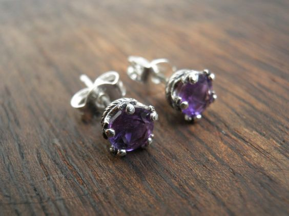 Vintage Style purple Amethyst earrings, round 5mm genuine Amethyst earrings, purple stud earrings,  Nostalgic Gift, Statement Jewelry