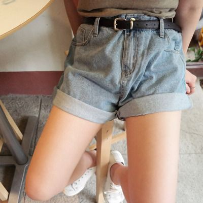 Cuffed hw shorts, vintage & black leather silver buckle, also vintage = dope