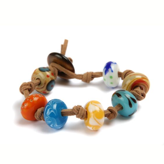 Make your own summery beaded bracelets!