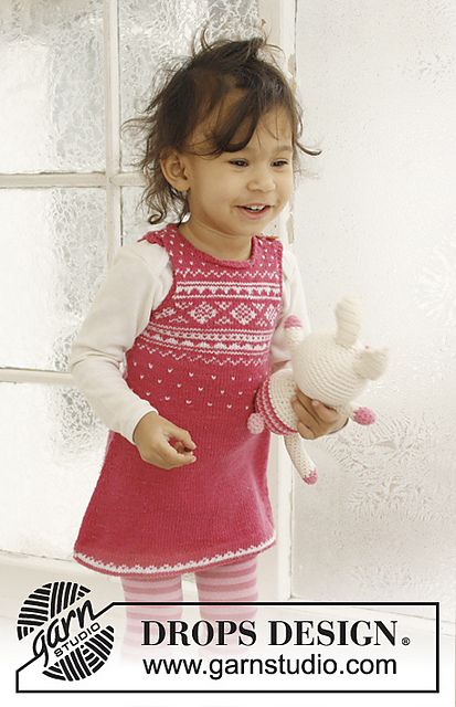 "Ravelry: b21-17 ""Princess Dream"" Dress in ""Baby Merino"" pattern by DROPS design  Baby dress free pattern"