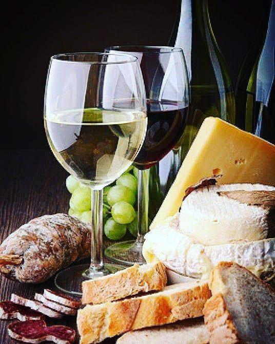 Good Night #wine #wines #winesofinstagram #wineoclock #wineoclock #wineonwineonwine #wineoftheday #instawine #instagramwines #instagramwine #lovewine #winelove #winelover #redwine #whitewine #rose #champagne #winerack #winelife #winetasting #winecountry #wineclub #winery #winesnob #winesofinstagram #moet #moetchandon #coppala #coppolawinery