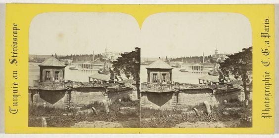 Charles Gerard | Vue generale de l'arsenal, Constantinople, Charles Gerard, 1860 - 1880 |