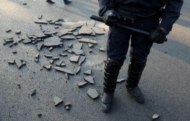 TEMOIGNAGE - Attentats, état d'urgence, manifestations contre la loi travail… Un CRS raconte son ras-le-bol après un an et demi d'opérations de maintien de l'ordre.