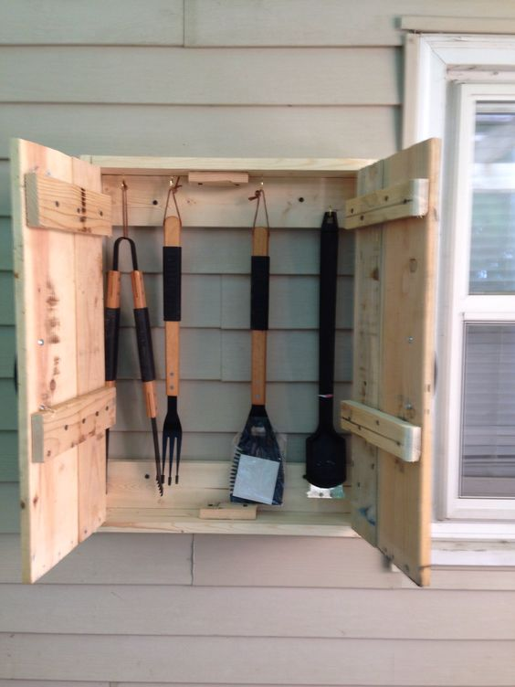 BBQ utensil cabinet made from pallets