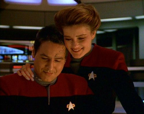 Janeway and Chakotay - Was I the only one who shipped these 2 with a passion??? Why did he end up with Seven?? Katherine and Chakotay were clearly meant for each other. I mean, this isn't just crazy shipper me talking. They were supposed to be together. >.<.