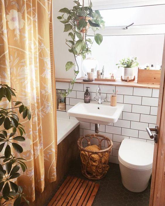 Voorbeelden van een klaeine badkamer, met planten