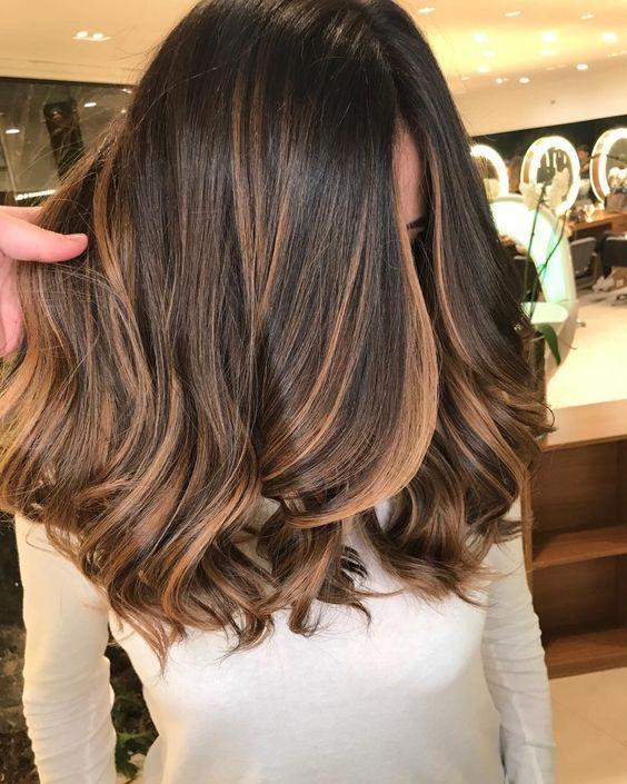 cabelos com luzes mel perfeição
