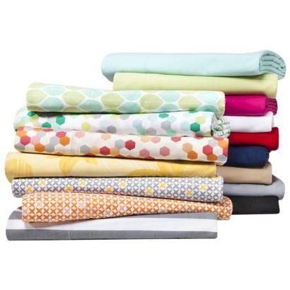 Room Essentials® Easy Care Pillowcase Set