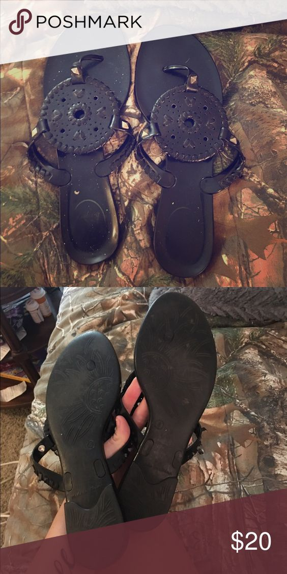 """broken in Jack Rogers black jelly sandals Jack Rogers black """"Georgica"""" jelly flip flops/sandals. Have been broken in and worn but still in great condition! Jack Rogers Shoes Sandals"""