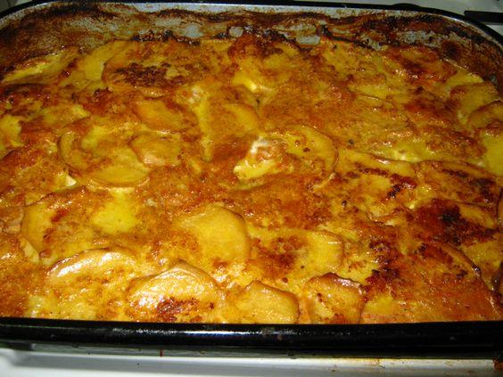 Musaca de cartofi cu carne de pui