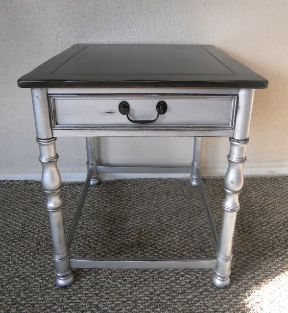 Silver side table. I like this look! color = polished silver by Martha Stewart  glaze = black coffee by Martha Stewart  top color = Stock black in All Surface Enamel by Sherwin Williams,