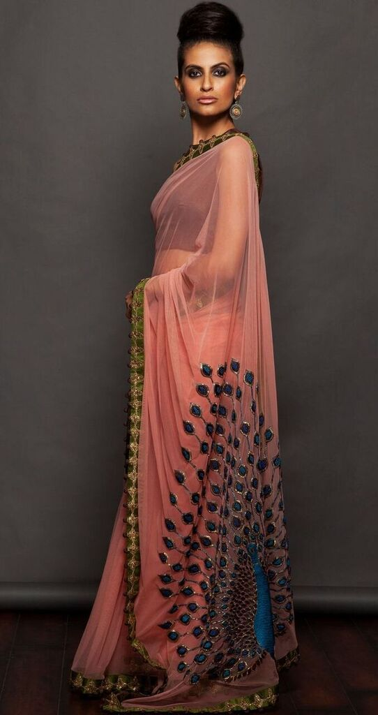 Ethnic saree of georgette with peacock emboridered pallu