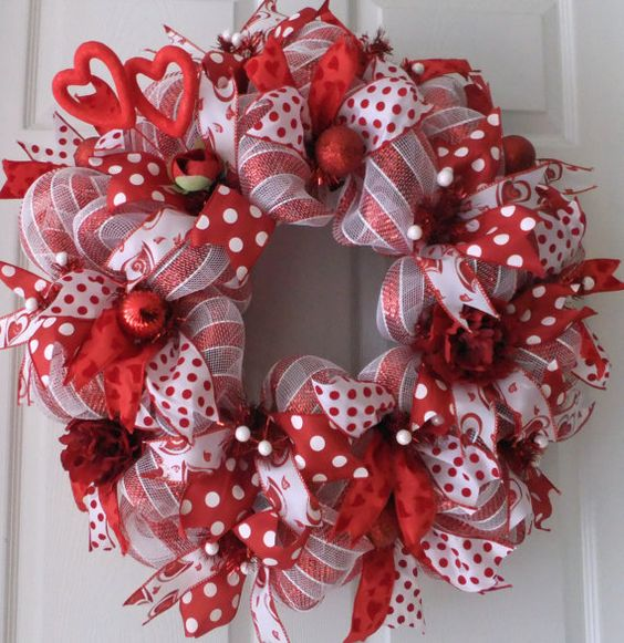 Red and White Valentine Wreath, Deco Mesh Valentine, Sweet Valentine Wreath: