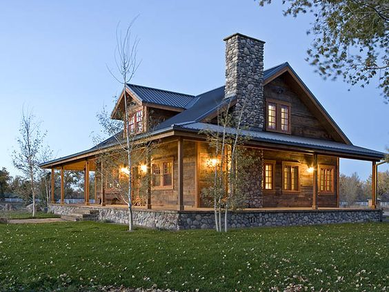 Metal roof cabin and metals on pinterest Cabins with metal roofs