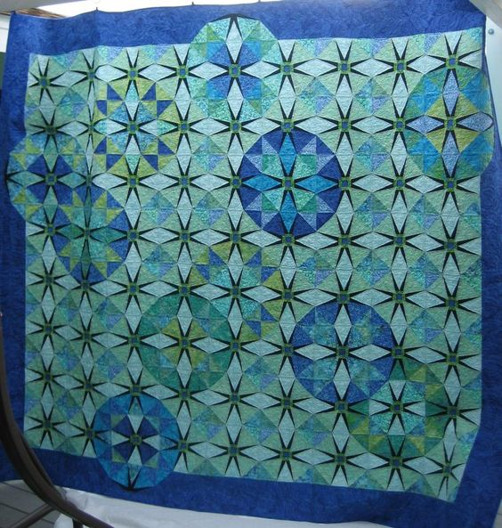 circular quilts | Circular Illusion by Missoula Electric Quilters, quilted by Jeanne ...