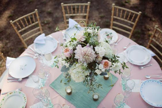 Decoración de boda rosa y verde menta - Boda elegante y alegre 3