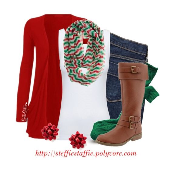 Christmas Day Casual. Vivian & Vincent Soft Light Weight Zig Zag Chevron Sheer Infinity Scarf (Mid Chevron Red/Green/White) at Amazon: