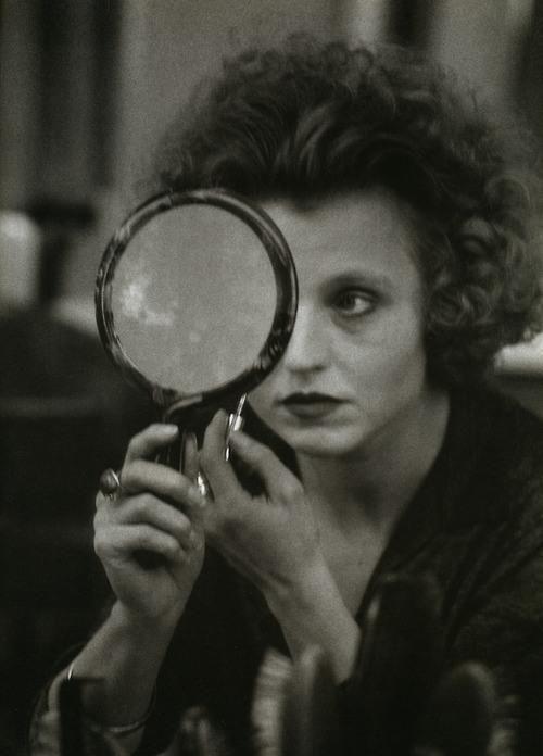 D Hanna Schygulla On The Set Of Berlin Alexanderplatz Rainer Werner Fassbinder 1980 Alfred Eisenstaedt Hand Mirror Photojournalist
