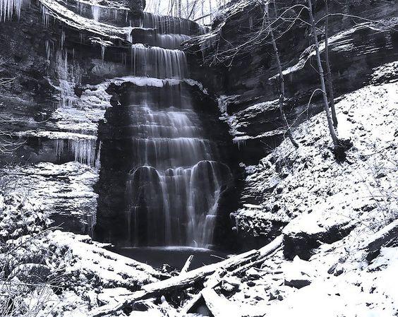 Winter scene of Ringwald Falls  Madison, Indiana