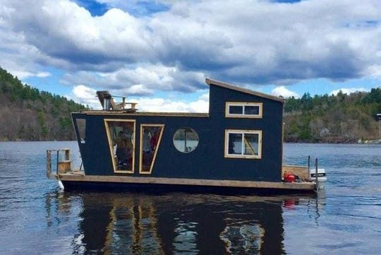 You Can Actually Rent And Stay In These 7 Dreamy Houseboats