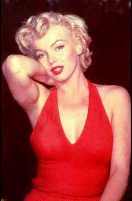 Publicitária Fútil: Marilyn Monroe, além dos cinemas, um ícone da moda.