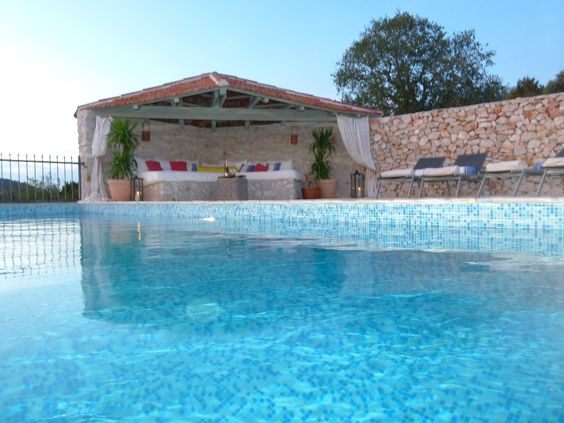 Vinišće, Kroatien: 1 Schlafzimmer, für bis zu 4 Personen. Steinferienhaus mit privatem Pool und spektakulärem Meerblick | FeWo-direkt