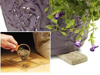DIY garden decorations and pot feet made with cement and soap molds:
