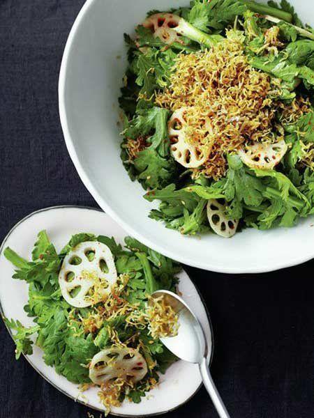 Recipe:春菊とれんこんのピリ辛サラダ/ごま油でカリカリに炒めた、香ばしいじゃこの風味がたまらない。