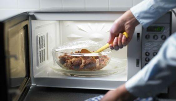 Veja receitas práticas e saborosas para fazer no micro-ondas http://r7.com/RC3  (Foto: Pinterest)