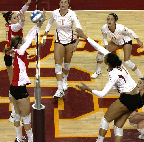 Use Three Smart Volleyball Hitting Strategies To Score Like A Big Boss Volleyball Tips What Is Volleyball Volleyball Hitter