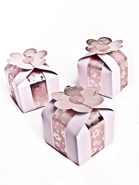 Wedding Favor Box Pink Flower Square @ £3.03 for box of 12