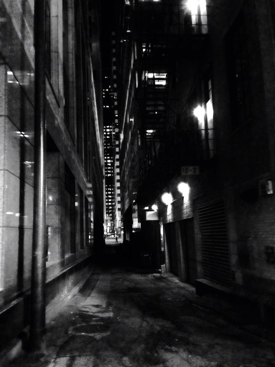 down a dark an lonesome alley...