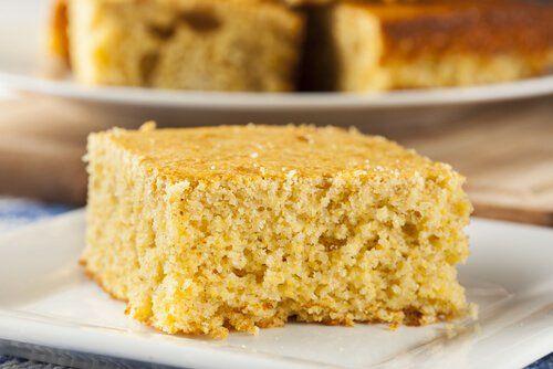 Se prepara en pocos minutos y el resultado es un pan de maíz especial, para compartir con la familia. ¡Aprende a prepararlo en este artículo!