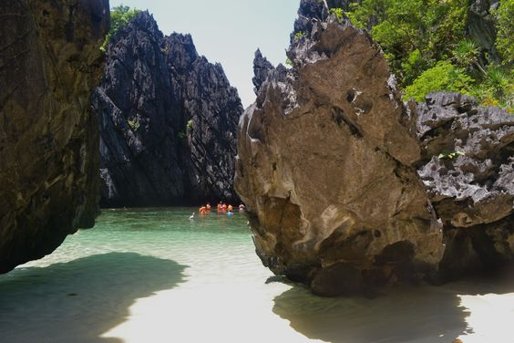AFAR.com Highlight: el nido, Philippines,'Touring the Islands of Bacuit Bay by Juan Erwin
