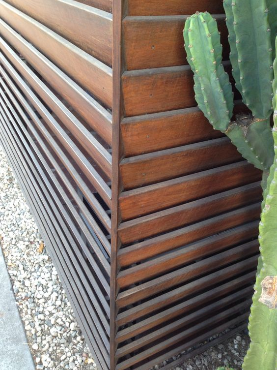 Inverted fence. Wood slats great design.