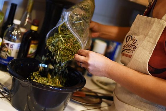 How To Make Cannabis Oil In Your Slow Cooker Idea: coconut oil