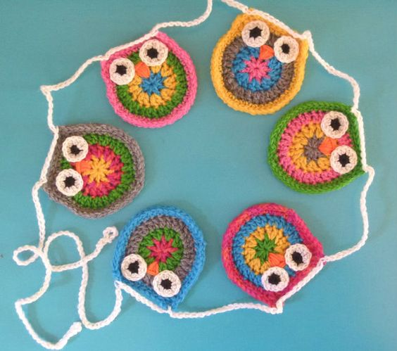 Crochet Owl Baby Bunting Pattern : Super cute owl bunting with 6 little owls in fun, bright ...