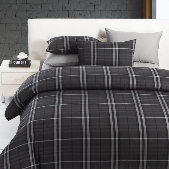 Modern Boys Leisure Black And Grey Plaid Bedding Sets