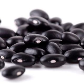 #blackbeans are packed with essential minerals to help maintain #healthy #bones. Not to mention their ability to lower blood pressure, ward off #heartdisease and aid in healthy #digestion. Good thing #fengfit #Cuban Black Bean soup is fresh today at #fengfitfoods! Get your carry-out and start #cleaneating today. 100% #plantbased #vegan