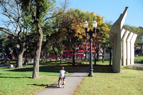 Praça Afonso Botelho (Praça do Atlético). #curitiba