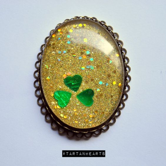 Kiss Me and I Will Punch You In The Nose brooch/ring - $20 TartanHearts Jewelry || St. Patrick's Day Shamrock Clover Green Irish Glitter Gold Jewelry Nail Polish