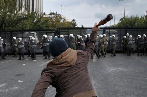 Protestas contra Merkel en Atenas   Fotogalería   Internacional   EL PAÍS