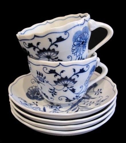 Blue Danube BLUE ONION Oversized Cups and Saucers