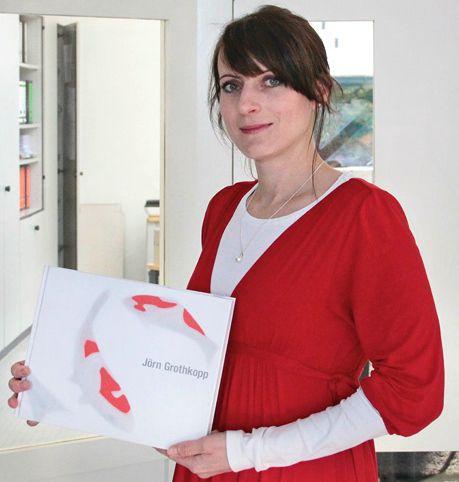 """Katrin Meder, Project Manager at Kerber Verlag, presenting the book """"Jörn Grothkopp"""" http://kerberverlag.tumblr.com/post/70176727833/unsere-liebsten-buecher-2013-und-ein-kleiner-ausblick"""