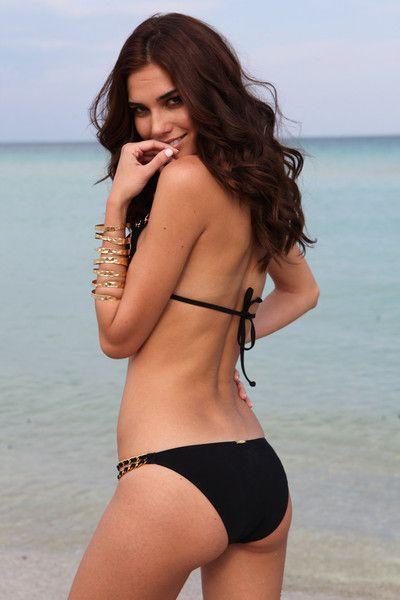 Bikini models sucking