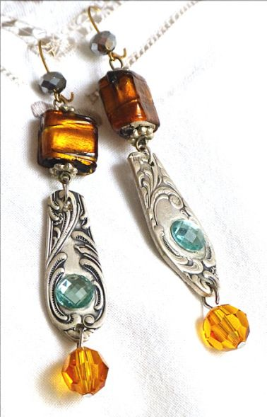 vintage upcycled earrings - on a bilingual blog (German/English)
