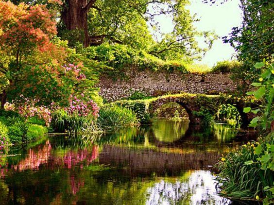 Giardini di Ninfa: