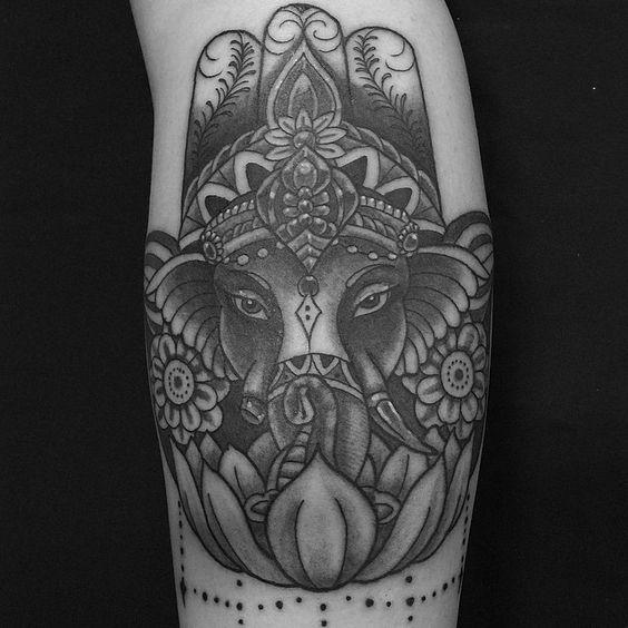Thanks @daynishikawa #ニューエラ #japantour #newera #neweranacabeca #neweratour #newerabrasiltour #sp #011 #fame1 #fameone #fame1tat2 #friendsoftattoo #zerosentattoo #zerosentattoocrew #zerosenstudio #tattoo #ink #trip #ganesh #blackandgreytattoo