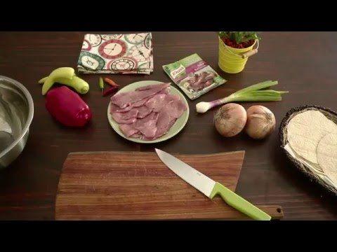 (Rinde 12 tacos) * Cerdo 600 g solo carne en tiras (bondiola / carre) * Cebollas 2 U en tiritas * Cebolla de verdeo 1 U picada * Morrón rojo ¼ en tiritas * K...