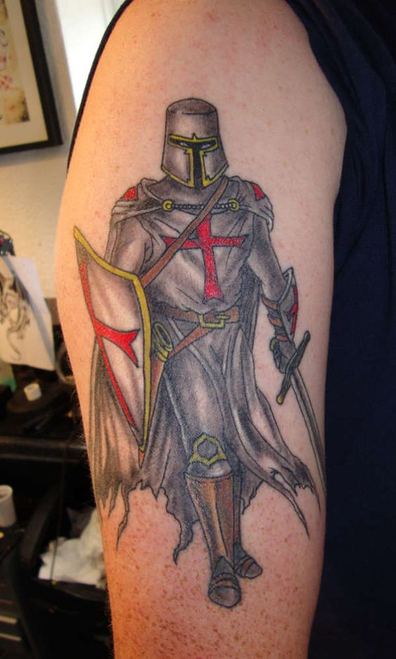 knights templar knight tattoo and knight on pinterest. Black Bedroom Furniture Sets. Home Design Ideas